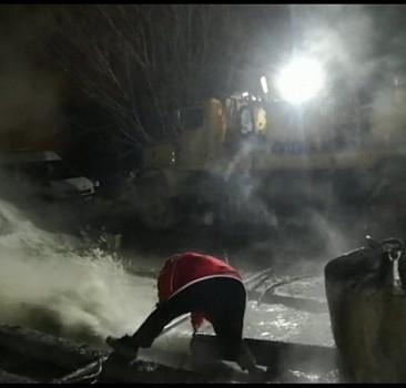 860 metre derinlikte jeotermal su kaynağına ulaşıldı
