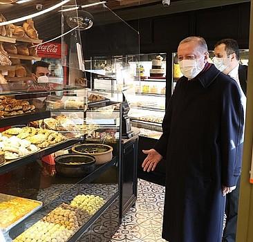 Erdoğan İstanbul'da bir fırından alışveriş yaptı