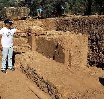 Nysa Antik Kenti'nde 1800 yıllık çeşme bulundu