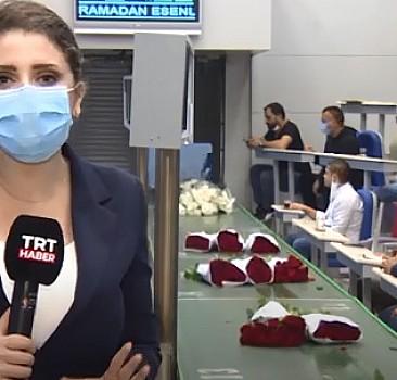 Türkiye'nin tek çiçek borsası üreticiler ile satıcıları buluşturuyor
