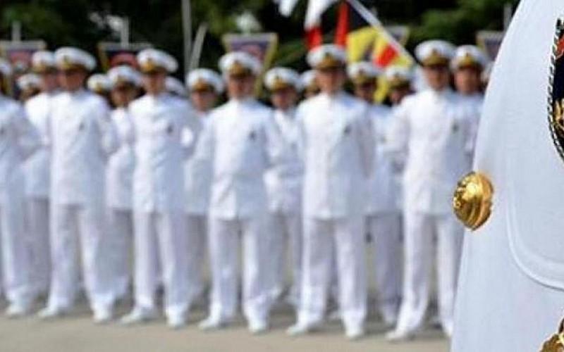 10 emekli amiral gözaltına alındı!