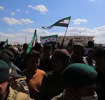 Tel Abyad'da halk 'Suriye devrim hareketi'nin 10. yıl dönümünü kutladı