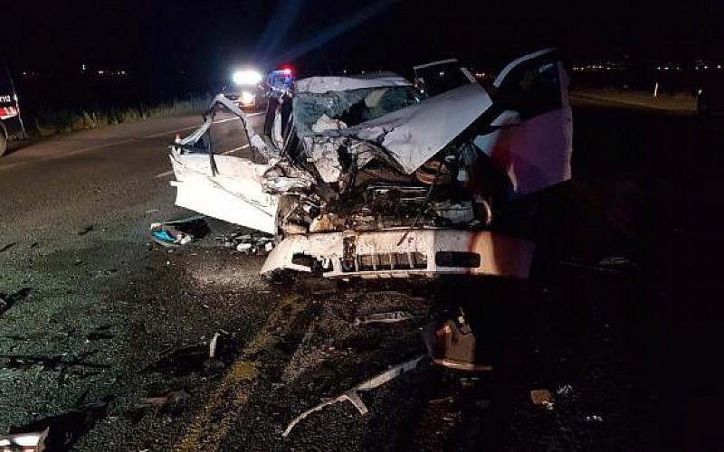 Erzurum'da kurbanlık taşıyan kamyonetle otomobil çarpıştı: 1 ölü, 3 yaralı