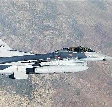 Irak'ın kuzeyinde 10 terörist etkisiz hale getirildi