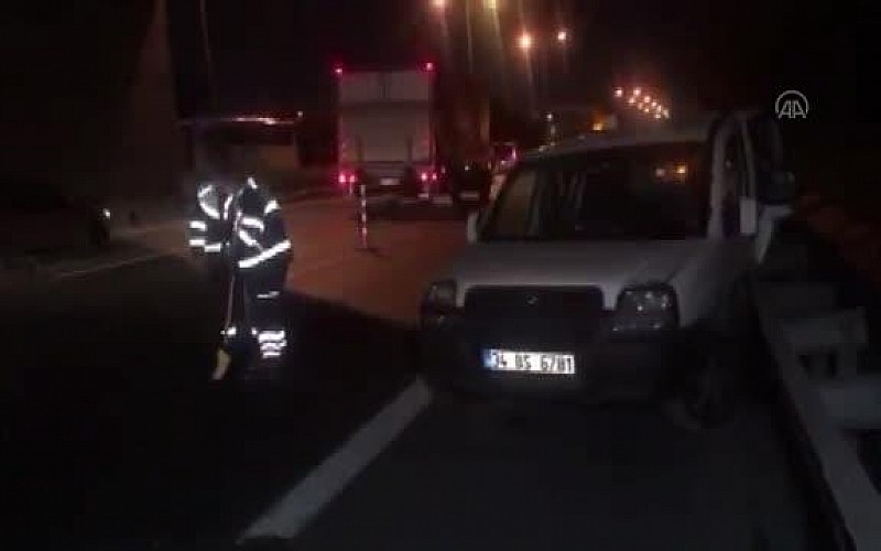 Esenler'deki zincirleme trafik kazasında 2 kişi yaralandı