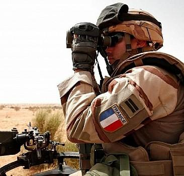 Mali'de 1 Fransız askeri öldü