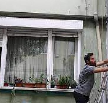 Sokakları renklendiren gönüllüler: Onaranlar Kulübü