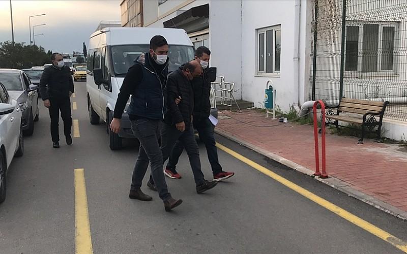 Adana'da FETÖ operasyonu: 3 kişi yakalandı