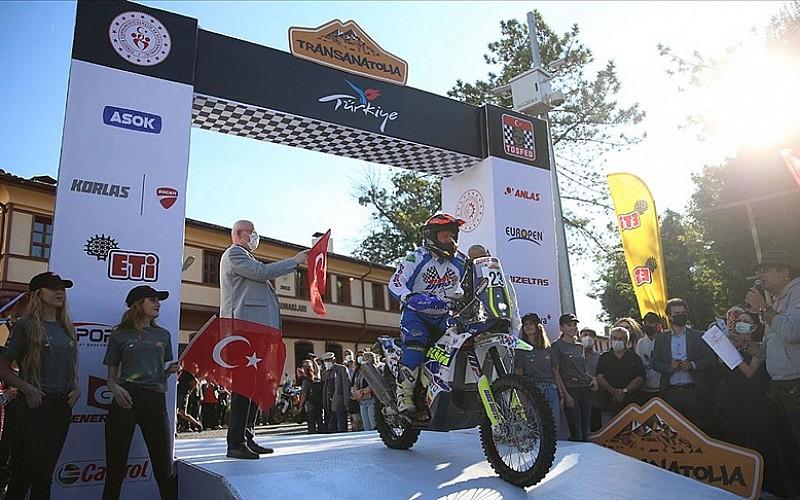 Türkiye'nin ilk ve tek dünyanın ise zorlu yarışlarından biri olan TransAnatolia Eskişehir'den başladı