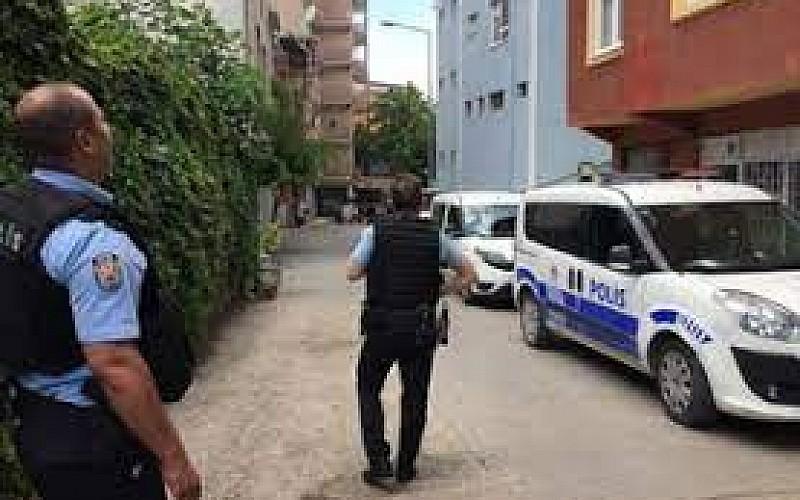 Esenyurt'ta bir kişiyi rehin aldığı iddiasıyla 3 şüpheli gözaltına alındı