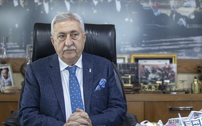 TESK Başkanı Palandöken pazartesi günü tüm işletmelerin açılmasını beklediklerini bildirdi