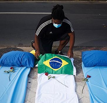 Brezilya'da bir günde 3 bin 560 kişi hayatını kaybetti