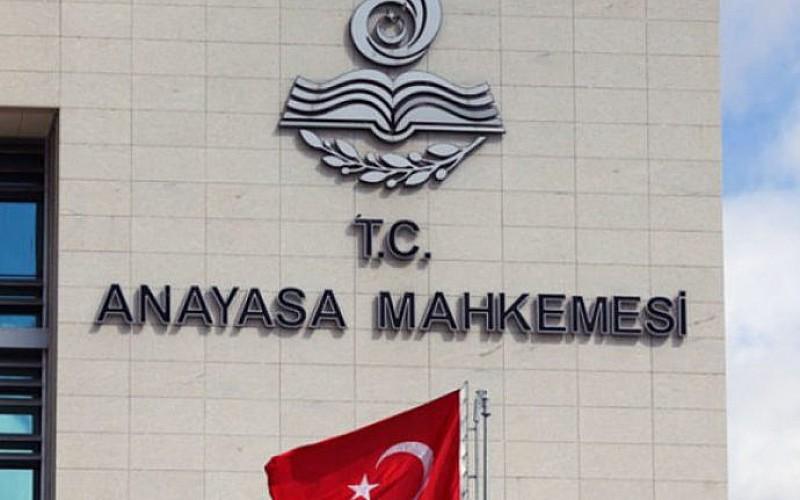 AYM'den 3 parti hakkında suç duyurusu