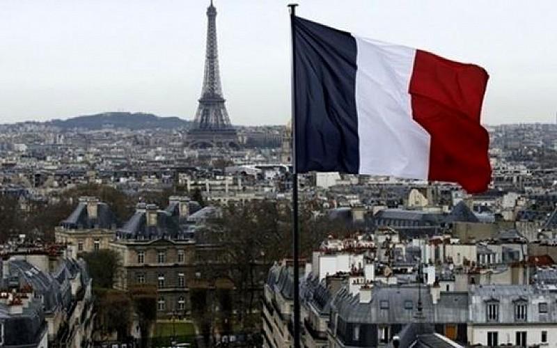 """Fransa'da """"İslamofobik yasa"""" anayasaya uygunluğunun denetlenmesi için parlamenterlerce Konseye taşındı"""