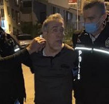 """Hücre evlerindekilere """"maaş"""" dağıtan FETÖ'cü yakalandı"""