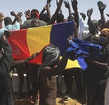 Çad'da geçiş döneminin ilk hükümeti kuruldu