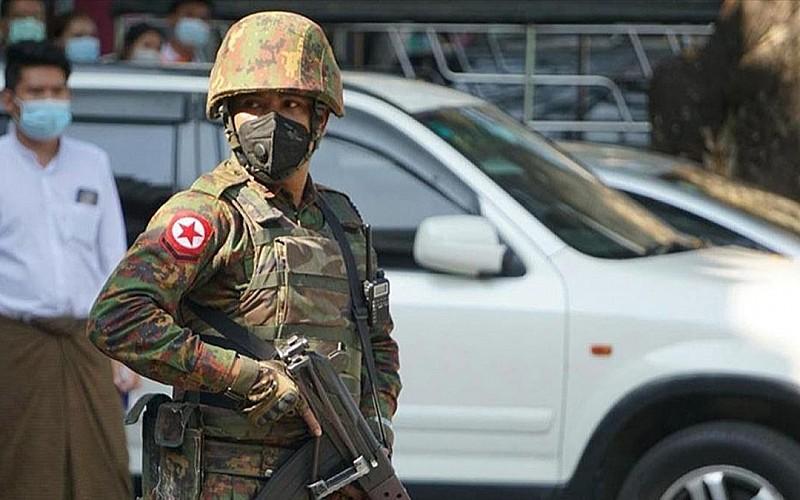 Myanmar'da askeri yönetim Kovid-19'a karşı halkı Budist duası okumaya çağırdı