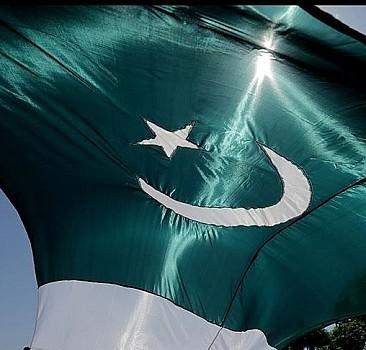 """Pakistan, ABD'nin """"ilişkileri yeniden değerlendirme"""" yaklaşımını uygun bulmuyor"""