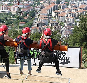 Bursa'daki 'macera parkı' adrenalin yaşamak isteyenlerin adresi oldu
