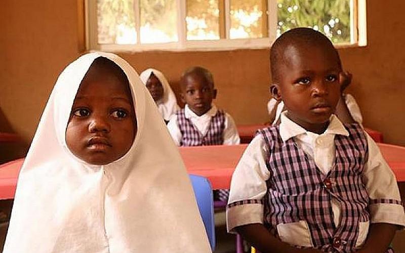 'Başörtüsü krizi'nde kapatılan 10 okul yeniden açıldı