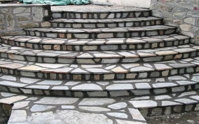 Granit kesme taş merdiven ve yol yaptırılacaktır