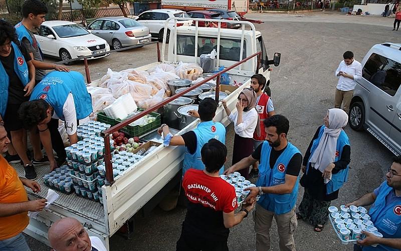 TDV'den yangın bölgelerindeki vatandaşlara yardım