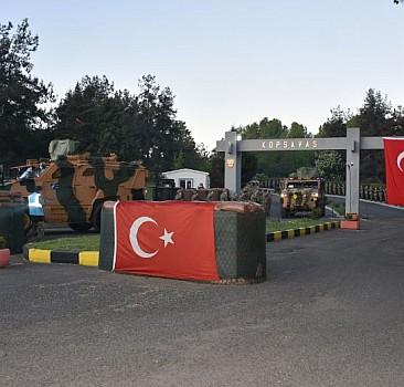 Türk askeri dev tatbikat için yola çıktı