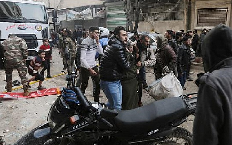 Azez'de sivillere hain saldırı
