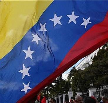 Venezuela hükumeti ile muhalefet arasındaki üçüncü tur görüşmeler ertelendi
