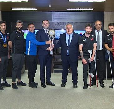 Ampute Futbol Milli Takımı'ndan TRT'ye ziyaret