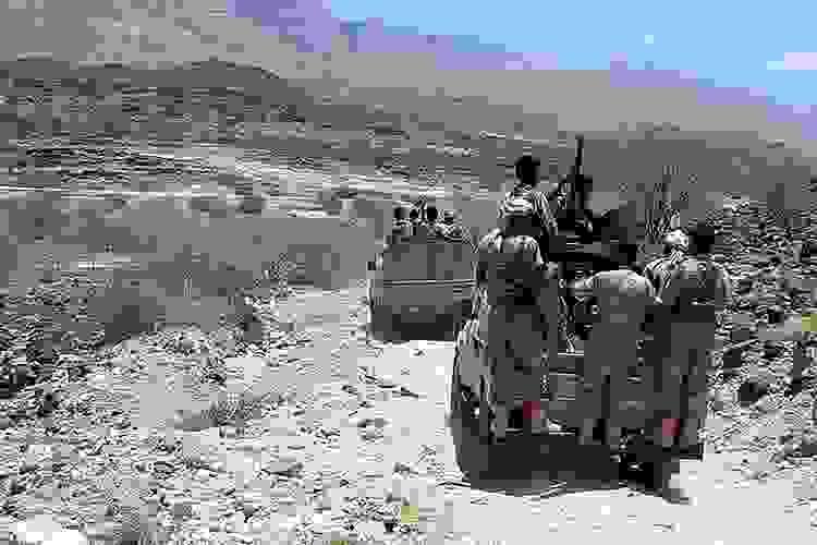 Yemen'de Husilerle çatışmalarda ordudan 4 yüksek rütbeli subay öldü