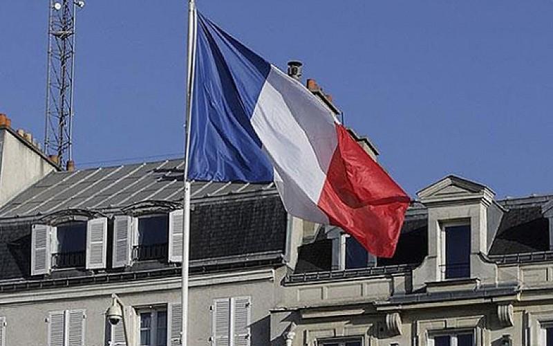 Fransız tarihçi katliamı itiraf etti: 'Özür dilemeliyiz'