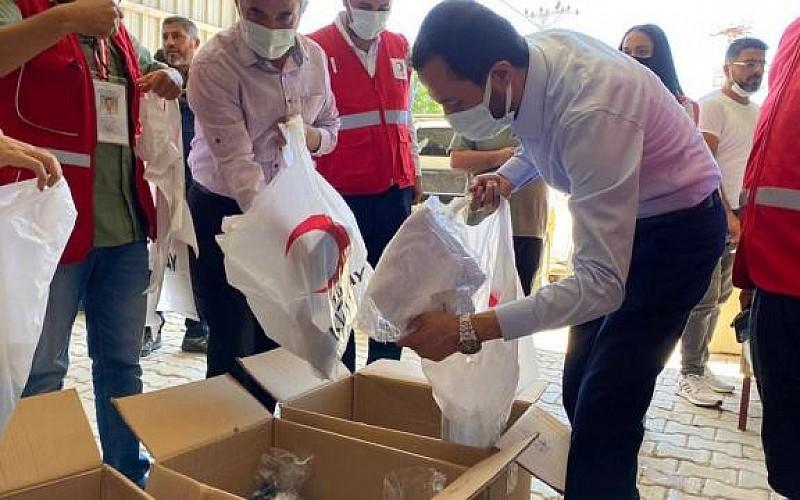 Hatay'da Bayırbucak Türkmenlerine bayramlık kıyafet yardımı yapıldı