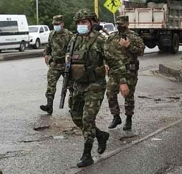 Kolombiya'da kamyonun çarptığı 6 genç hayatını kaybetti