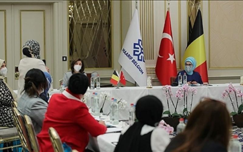 Türkiye'nin ilk dokuma atlası sergisi, Cumhurbaşkanlığı Külliyesi'nde kapılarını açıyor