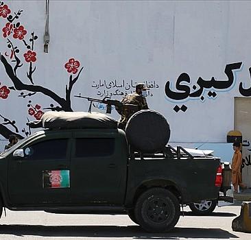 Emperyalizm rüzgarında savrulmak ya da Taliban yönetiminde bir Afganistan seçeneği