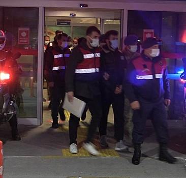 İzmir merkezli 53 ilde FETÖ'nün TSK yapılanmasına yönelik operasyonda 150 zanlı gözaltına alındı