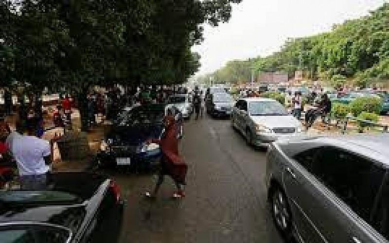 Nijerya'da yıllık enflasyon yeniden yükseldi