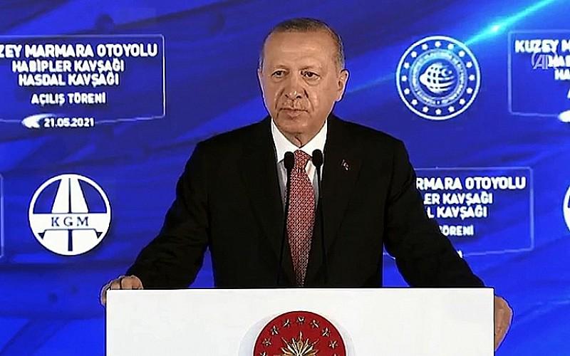 Erdoğan'dan gençlere İsrail uyarısı
