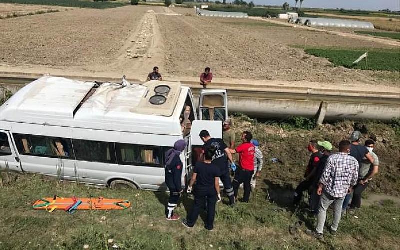 Tarım işçilerini taşıyordu! 7 kişi yaralandı