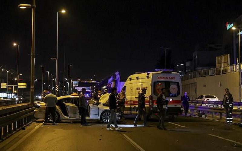 İstanbul'da meydana gelen trafik kazasında 5 kişi yaralandı