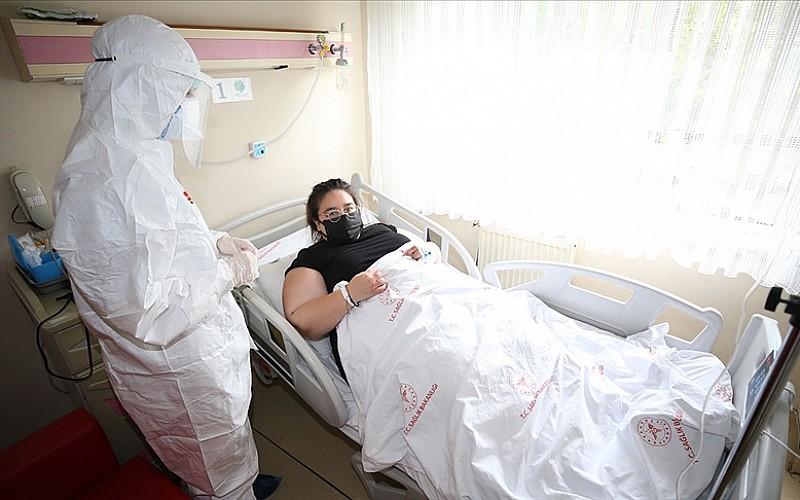 Kovid-19'u ağır geçiren genç kadından 'aşı' çağrısı: Bana çok büyük bir ders oldu