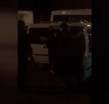 5 kişilik araçta 15 sığınmacı yakalandı