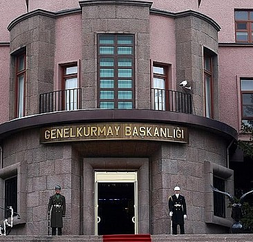 28 Şubat davasında hüküm giyen generallerin rütbeleri söküldü