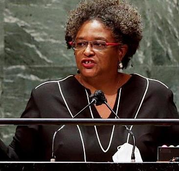 BM Genel Kurulunda boş salona hitap eden Barbados Başbakanı tepki gösterdi: