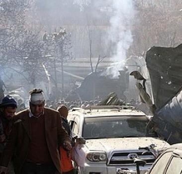 Kabil'de doktorları taşıyan araca bombalı saldırı: 1 ölü