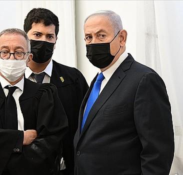 İsrail Başbakanı Netanyahu hakkındaki yolsuzluk davasına seçimden sonra devam edilecek