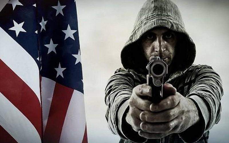 ABD'de silahlar susmuyor! 6 ayda 272 saldırı
