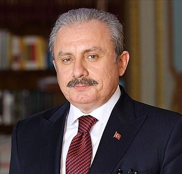 Şentop: Türkiye'nin yeni anayasa yapabileceğine inanıyorum