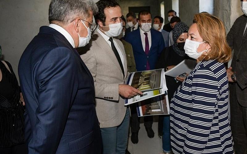 Kültür ve Turizm Bakan Yardımcısı Yavuz, Van'da incelemelerde bulundu